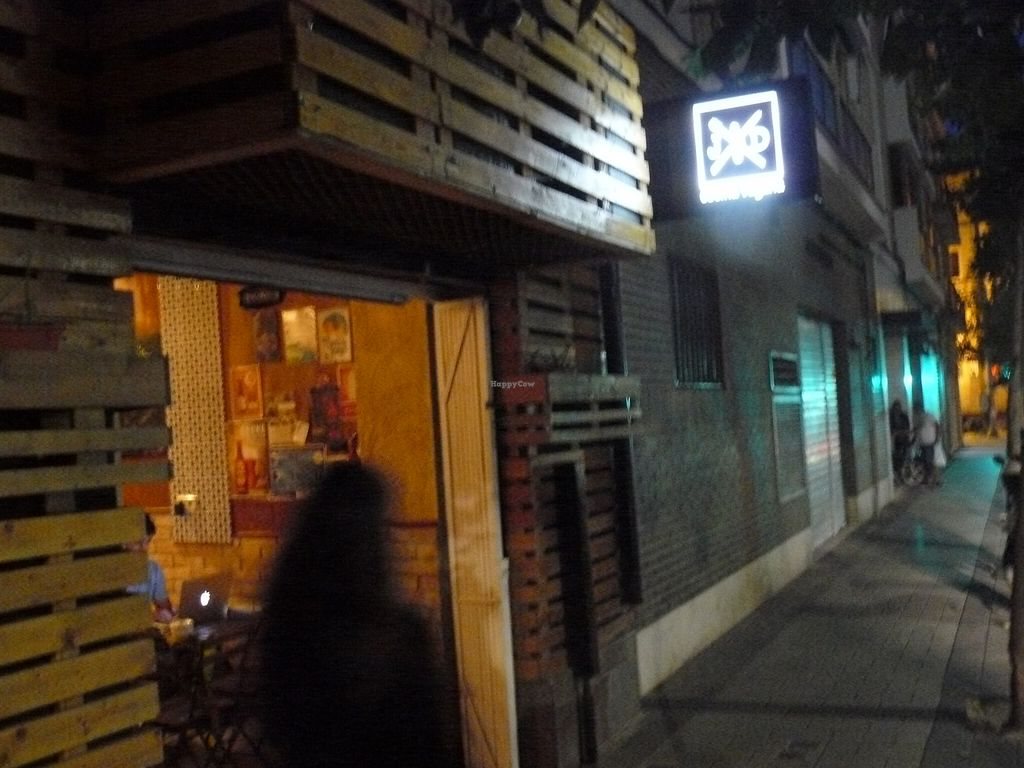 """Photo of El Jardin de los Dragones  by <a href=""""/members/profile/Qternocq"""">Qternocq</a> <br/>Front of the restaurant <br/> October 9, 2015  - <a href='/contact/abuse/image/64325/120770'>Report</a>"""