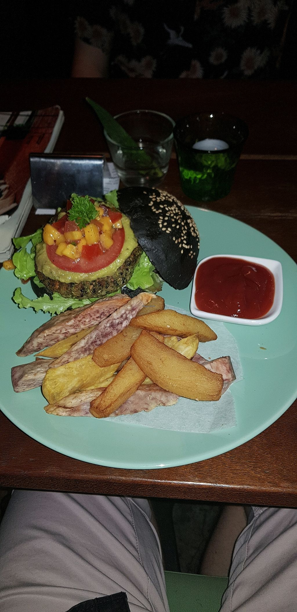 """Photo of Broccoli Revolution - Sukhumvit Rd  by <a href=""""/members/profile/AliMac84"""">AliMac84</a> <br/>charcoal burger  <br/> March 21, 2018  - <a href='/contact/abuse/image/64334/373860'>Report</a>"""