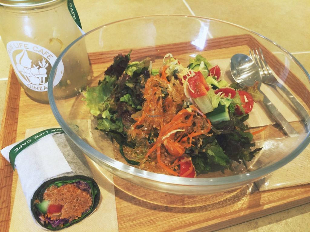 Photo of CLOSED: Ginza Raw Life Cafe  by burepe <br/>salad bowl <br/> October 22, 2015  - <a href='/contact/abuse/image/64451/122245'>Report</a>