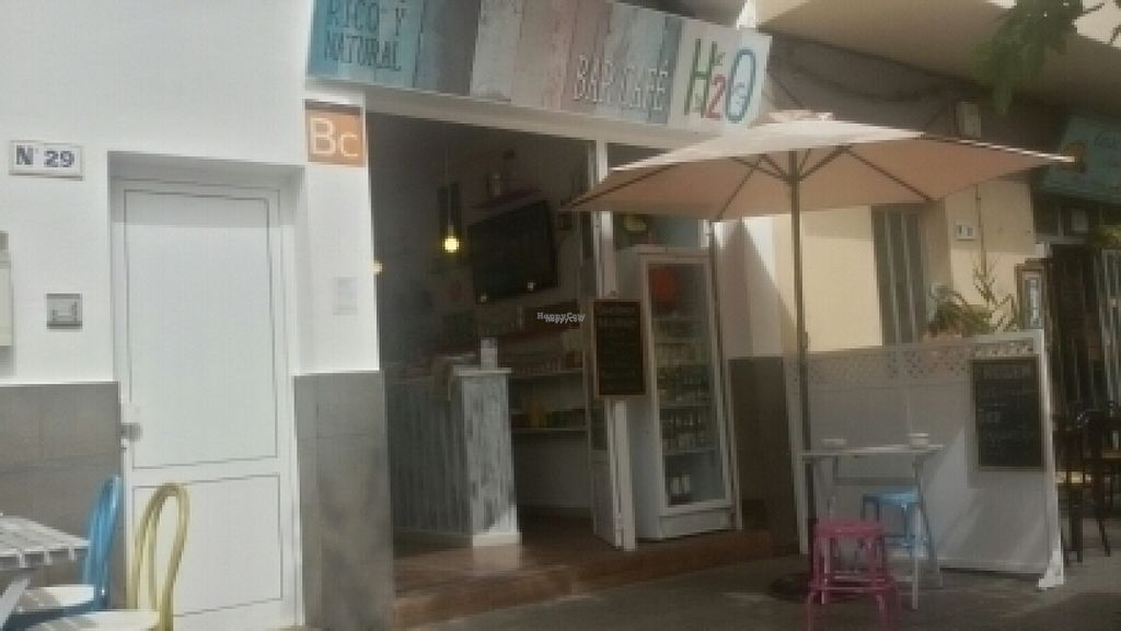 "Photo of H2O Juice Bar & Vegan Cafe  by <a href=""/members/profile/Maxmay"">Maxmay</a> <br/>H2O Ottimo <br/> August 21, 2016  - <a href='/contact/abuse/image/64475/170396'>Report</a>"
