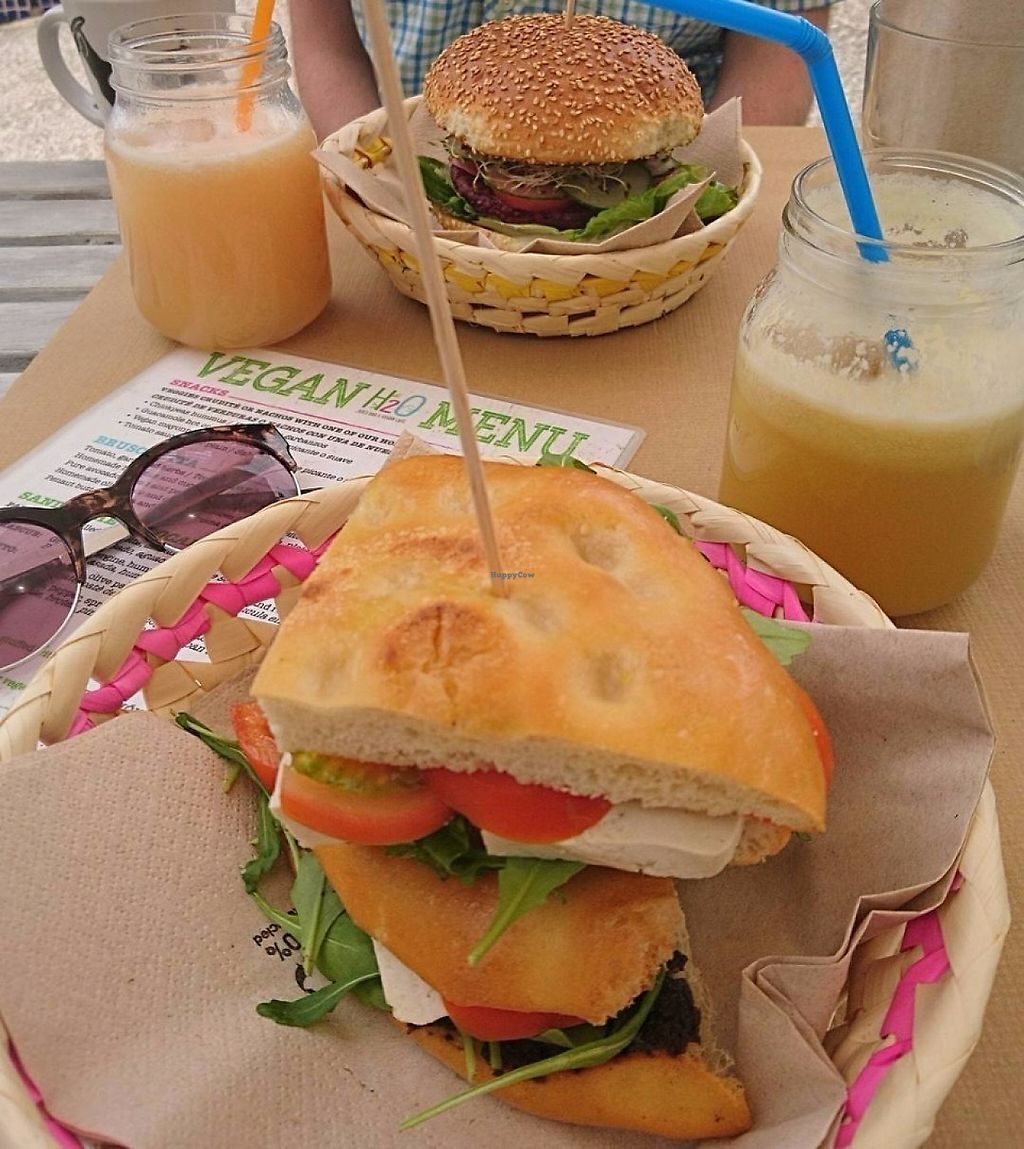 "Photo of H2O Juice Bar & Vegan Cafe  by <a href=""/members/profile/button_boxer"">button_boxer</a> <br/>""Sorrento"" sandwich, beetroot burger and fresh juices <br/> May 29, 2017  - <a href='/contact/abuse/image/64475/263858'>Report</a>"