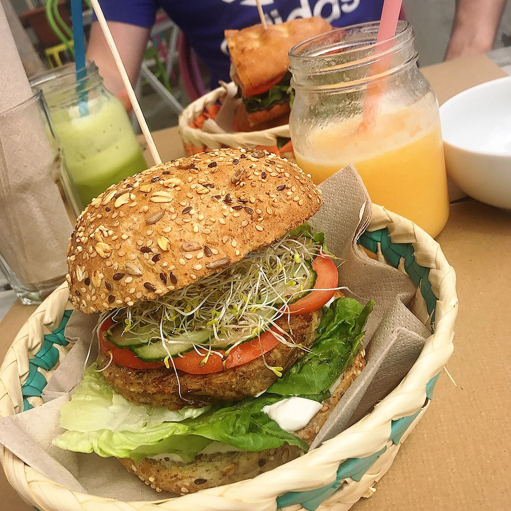 "Photo of H2O Juice Bar & Vegan Cafe  by <a href=""/members/profile/chloedaydream"">chloedaydream</a> <br/>mushroom burger  <br/> September 2, 2017  - <a href='/contact/abuse/image/64475/300180'>Report</a>"