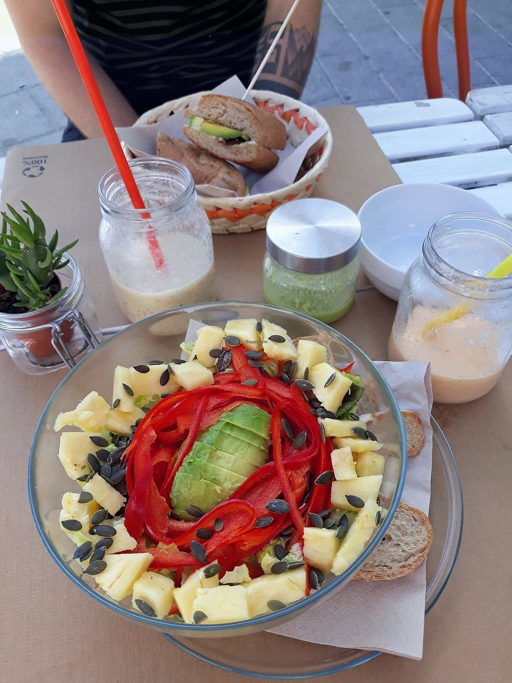 "Photo of H2O Juice Bar & Vegan Cafe  by <a href=""/members/profile/TamaraVdBerg"">TamaraVdBerg</a> <br/>Bahamas salad and Panama sandwich  <br/> January 4, 2018  - <a href='/contact/abuse/image/64475/342954'>Report</a>"