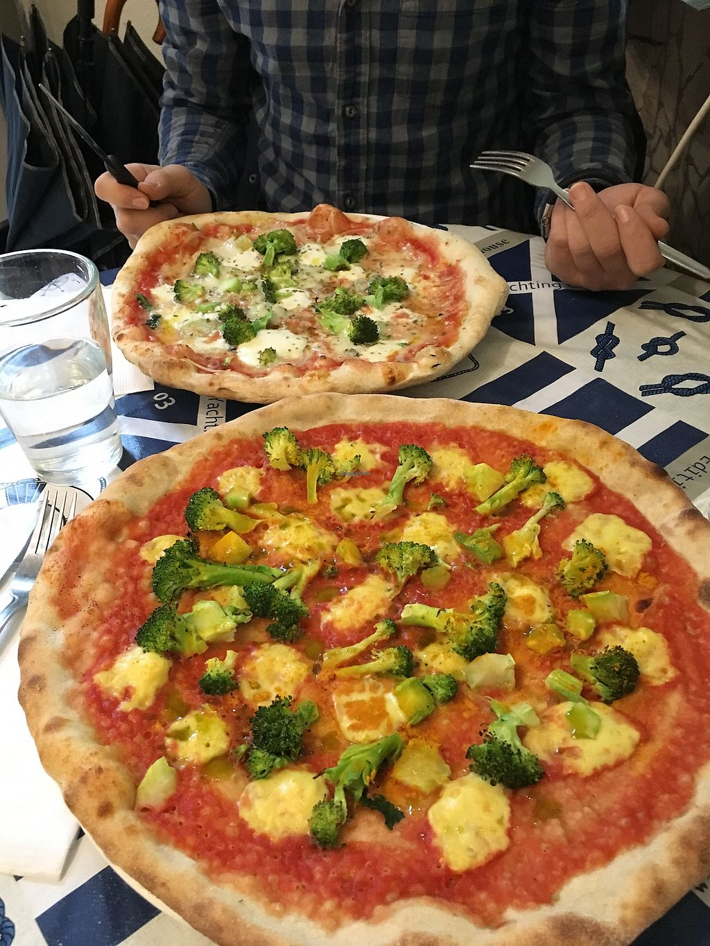 """Photo of Pizzata  by <a href=""""/members/profile/12ebner"""">12ebner</a> <br/>Vegane Pizza <br/> April 8, 2018  - <a href='/contact/abuse/image/64568/382594'>Report</a>"""