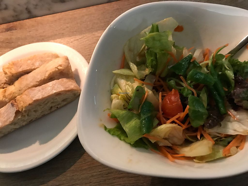 """Photo of Vapiano  by <a href=""""/members/profile/marky_mark"""">marky_mark</a> <br/>salad & bread <br/> June 29, 2017  - <a href='/contact/abuse/image/64650/274897'>Report</a>"""