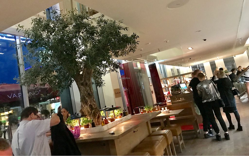 """Photo of Vapiano  by <a href=""""/members/profile/marky_mark"""">marky_mark</a> <br/>inside <br/> June 29, 2017  - <a href='/contact/abuse/image/64650/274899'>Report</a>"""