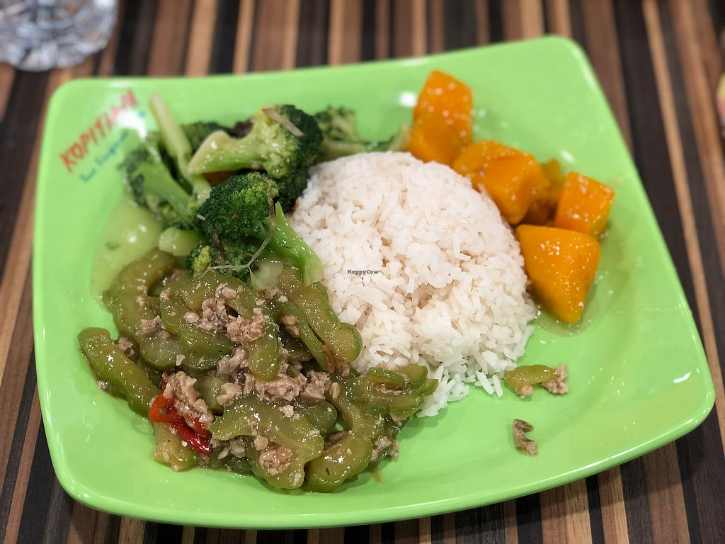 """Photo of eVeg Vegetarian - VivoCity  by <a href=""""/members/profile/CherylQuincy"""">CherylQuincy</a> <br/>$4 <br/> April 18, 2018  - <a href='/contact/abuse/image/64670/387463'>Report</a>"""