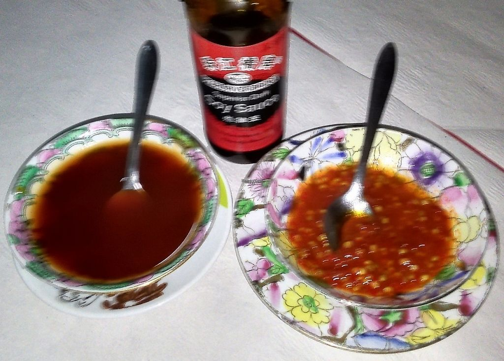 "Photo of Nova China  by <a href=""/members/profile/Anticopy"">Anticopy</a> <br/>Soy sauce (and the brand used) and chilli sauce <br/> February 27, 2017  - <a href='/contact/abuse/image/64733/242822'>Report</a>"