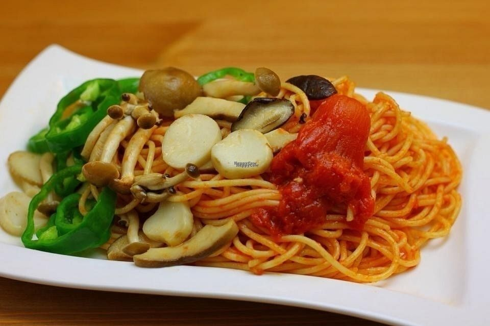 """Photo of CLOSED: Seven Bells Cafe  by <a href=""""/members/profile/Greg%20Meilien%20Winder"""">Greg Meilien Winder</a> <br/>Spaghetti with vegetables of the day <br/> September 4, 2016  - <a href='/contact/abuse/image/64758/173431'>Report</a>"""