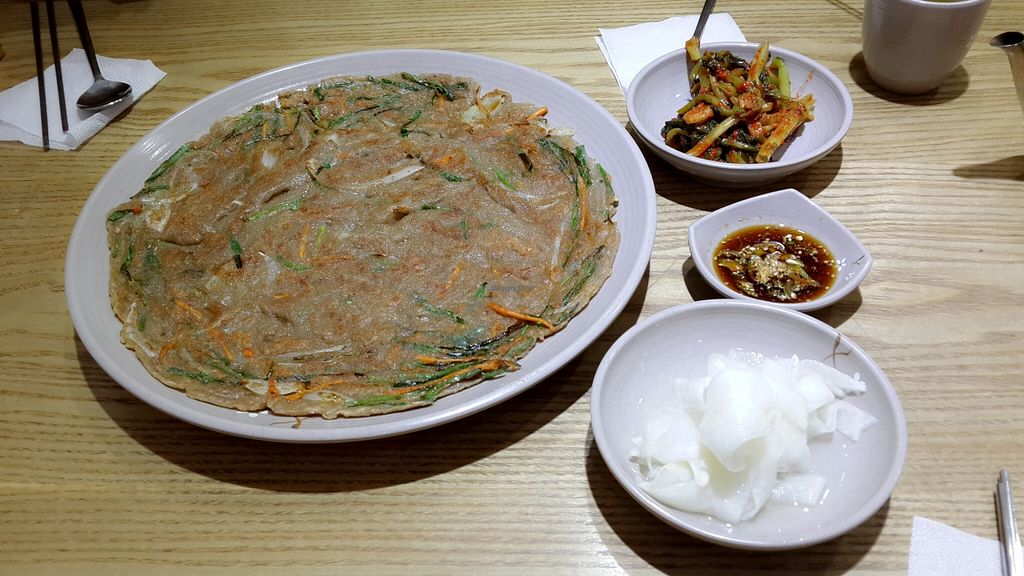 """Photo of MeMilGongBang - Songpa - 메빌공방 석촌점  by <a href=""""/members/profile/GraceHong"""">GraceHong</a> <br/>memiljeon  <br/> October 26, 2015  - <a href='/contact/abuse/image/64760/122697'>Report</a>"""