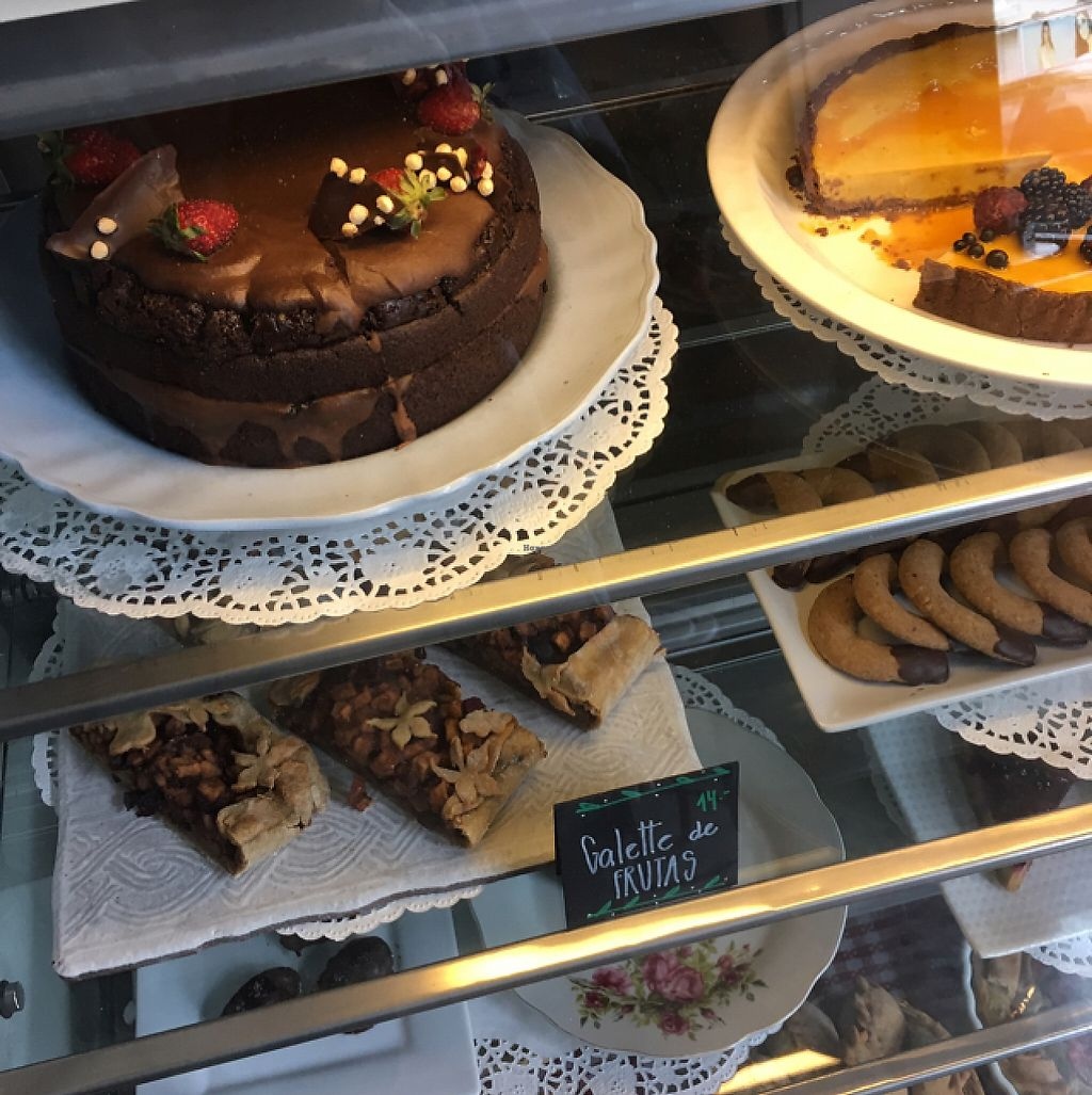 """Photo of La Verde  by <a href=""""/members/profile/renatamorita"""">renatamorita</a> <br/>AmAmazing variery and quality of desserts <br/> May 23, 2017  - <a href='/contact/abuse/image/64792/261758'>Report</a>"""