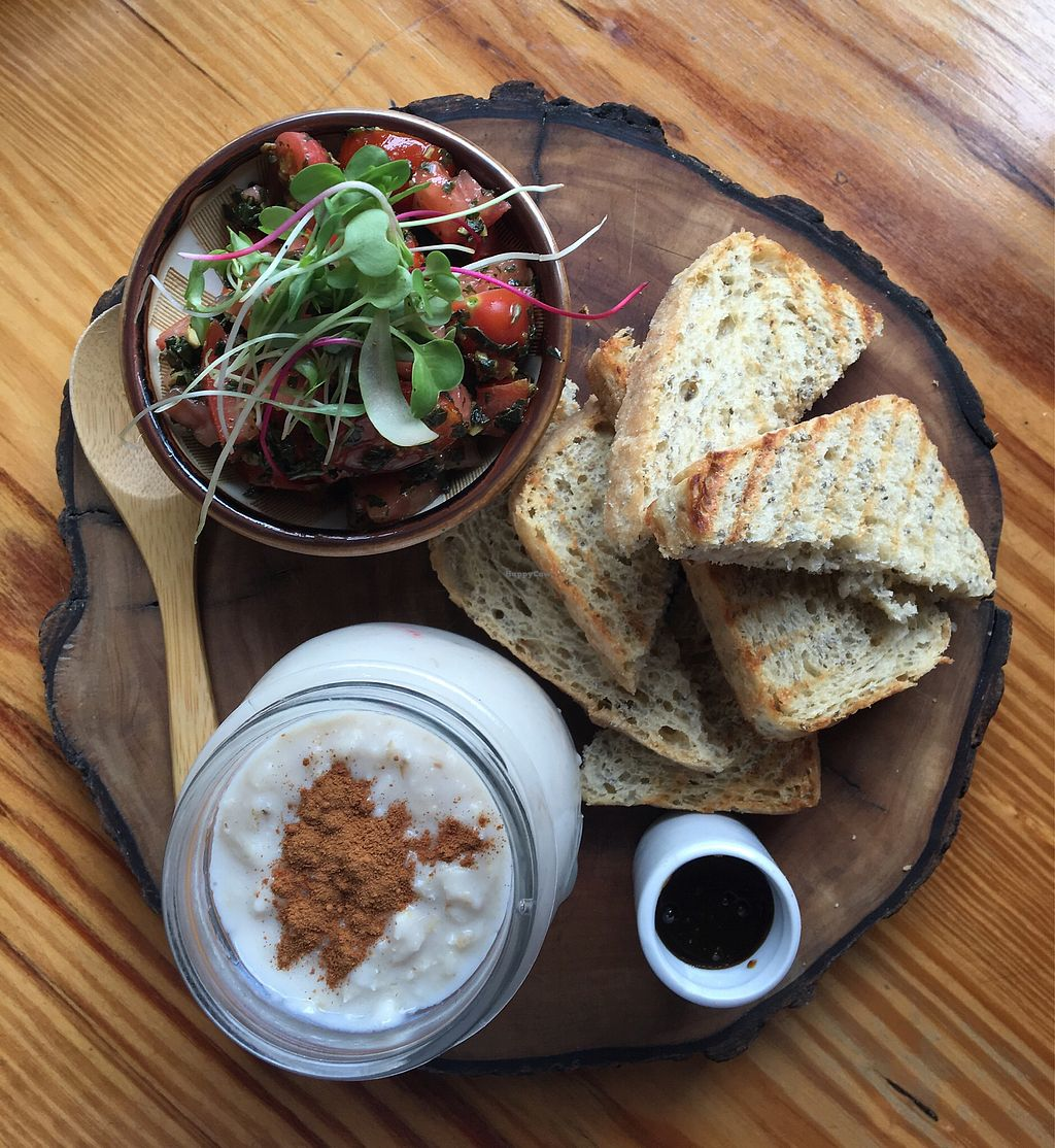 """Photo of La Verde  by <a href=""""/members/profile/BenNeedsHisVeggies"""">BenNeedsHisVeggies</a> <br/>Breakfast, """"Combo Feliz"""" <br/> January 30, 2018  - <a href='/contact/abuse/image/64792/352572'>Report</a>"""