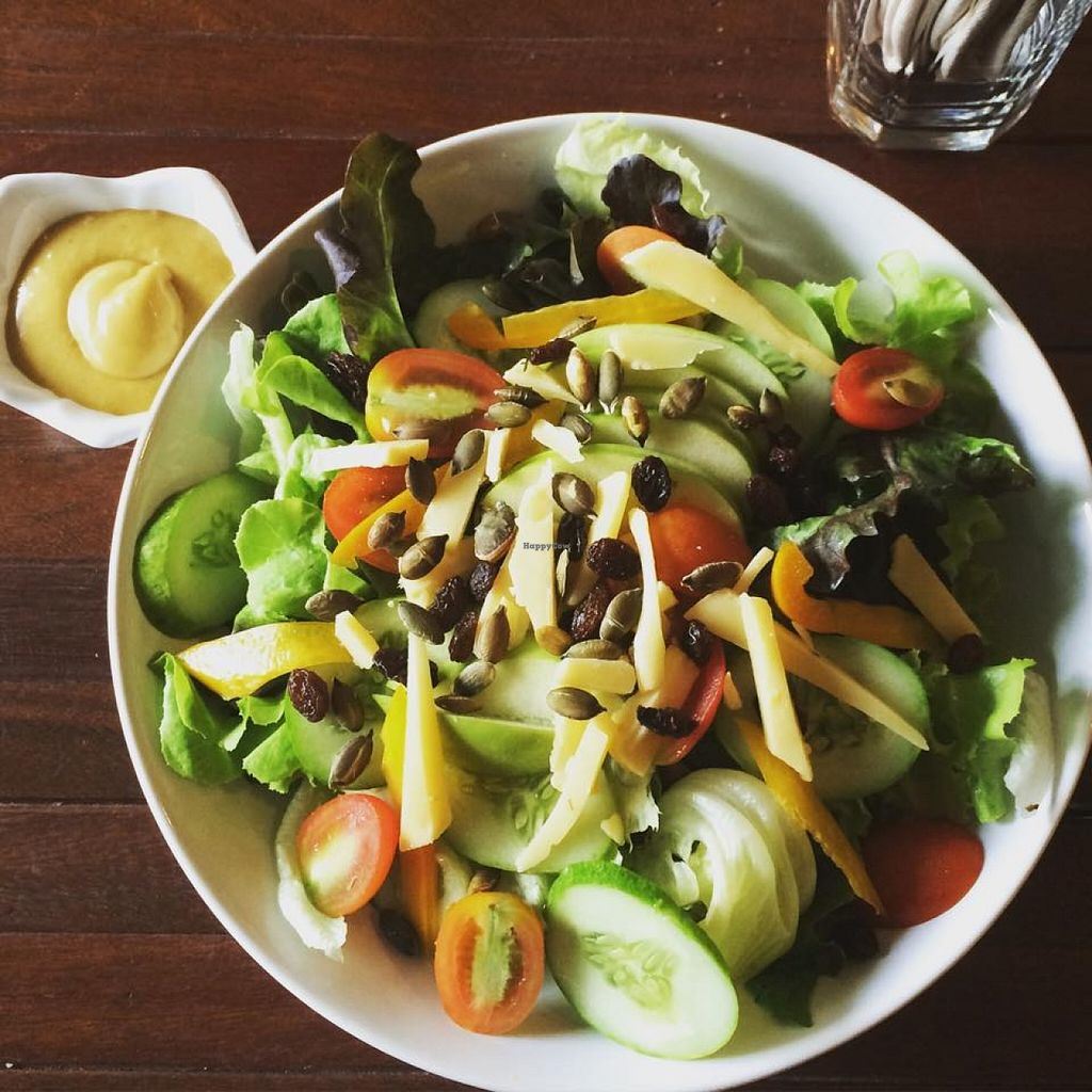 """Photo of Qcumber  by <a href=""""/members/profile/KoenDs"""">KoenDs</a> <br/>Apple and cheese salad <br/> October 22, 2015  - <a href='/contact/abuse/image/64813/122244'>Report</a>"""