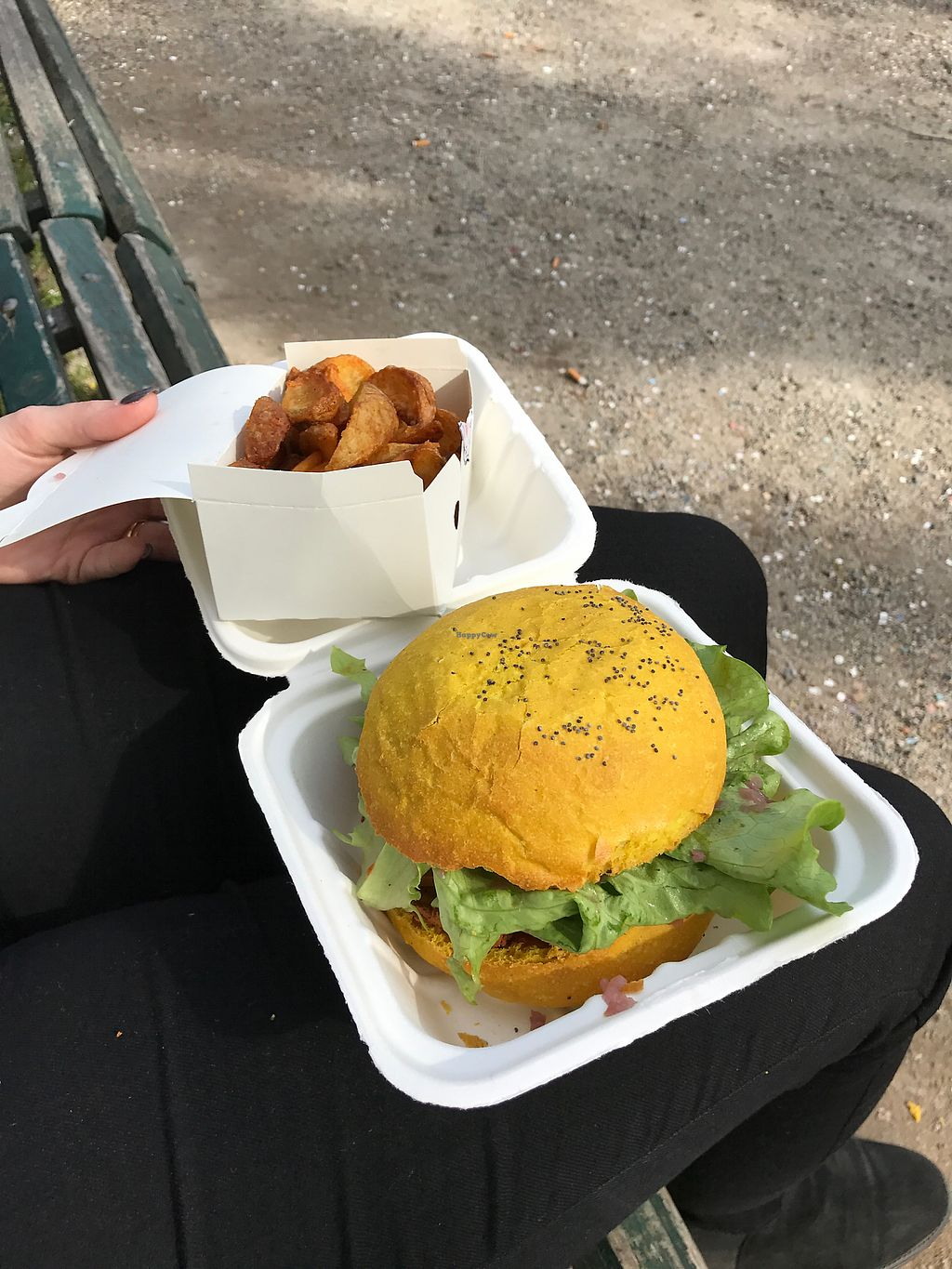"""Photo of Flower Burger  by <a href=""""/members/profile/WeDesign"""">WeDesign</a> <br/>! <br/> July 7, 2017  - <a href='/contact/abuse/image/64889/277594'>Report</a>"""