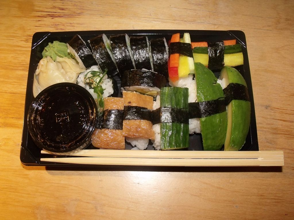 "Photo of Kina Thai  by <a href=""/members/profile/Amy1274"">Amy1274</a> <br/>12 piece vegetarian sushi to take away <br/> November 4, 2015  - <a href='/contact/abuse/image/64946/123886'>Report</a>"