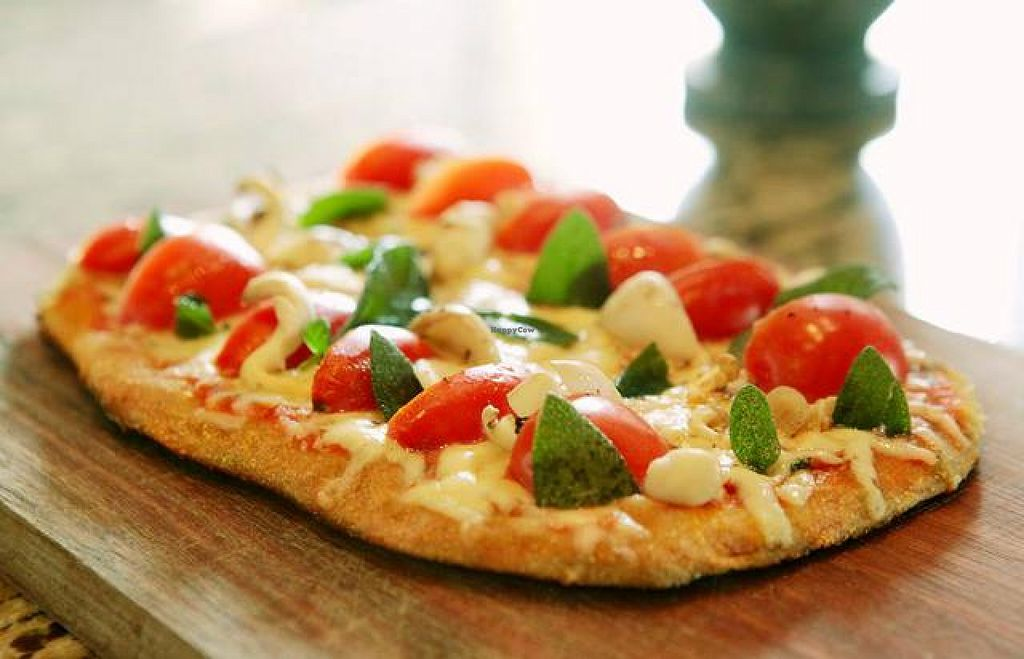 """Photo of Bugio Eco  by <a href=""""/members/profile/bruno.assaz"""">bruno.assaz</a> <br/>One of its delicious pizzas (photo by Camila Natalo) <br/> October 26, 2015  - <a href='/contact/abuse/image/64987/122753'>Report</a>"""