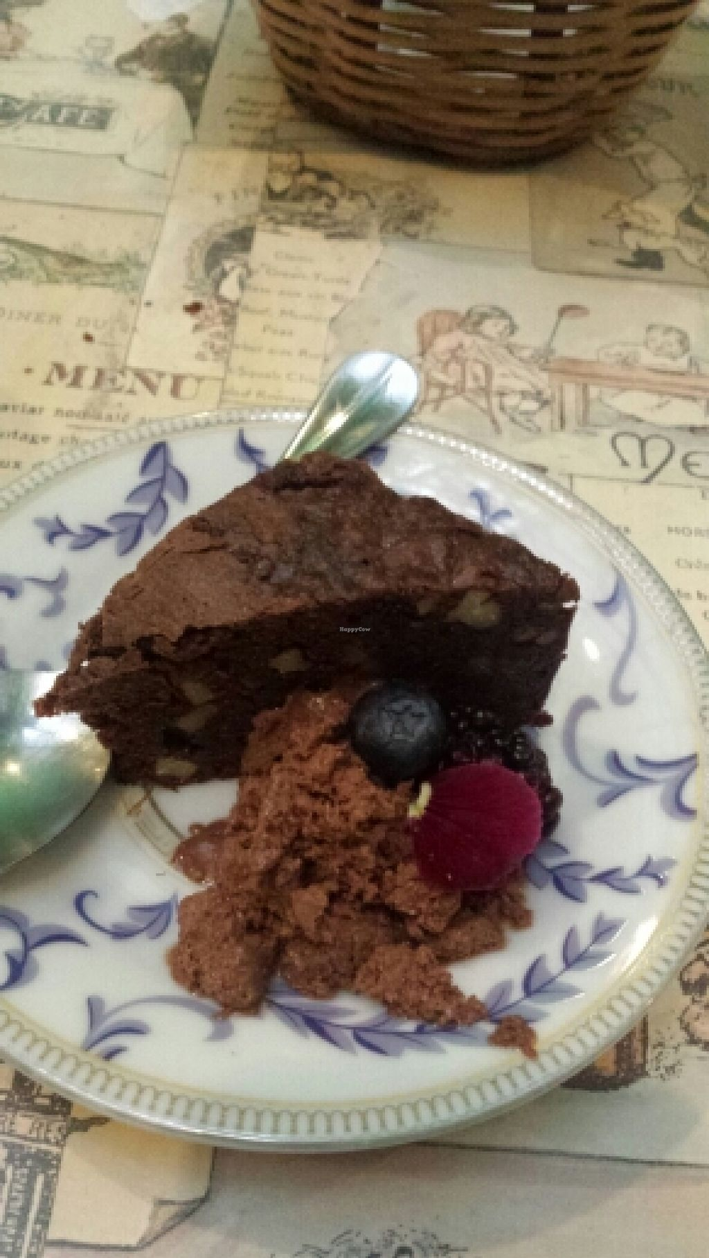 """Photo of Narciso Vegano  by <a href=""""/members/profile/G_angie"""">G_angie</a> <br/>super tasty brownie with chocolate ice cream  <br/> January 17, 2016  - <a href='/contact/abuse/image/65077/132784'>Report</a>"""
