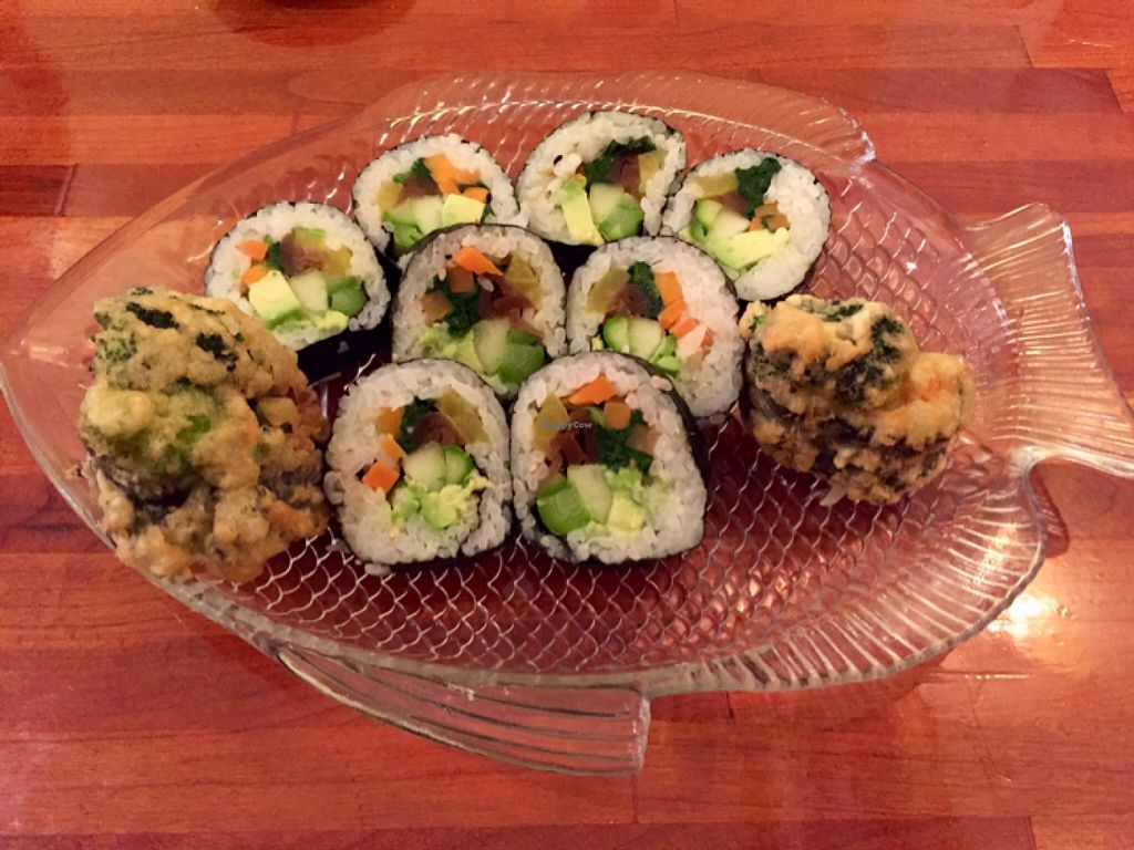 """Photo of Siam Orchid  by <a href=""""/members/profile/clovely.vegan"""">clovely.vegan</a> <br/>Veggie Roll.  <br/> October 29, 2015  - <a href='/contact/abuse/image/65141/123114'>Report</a>"""