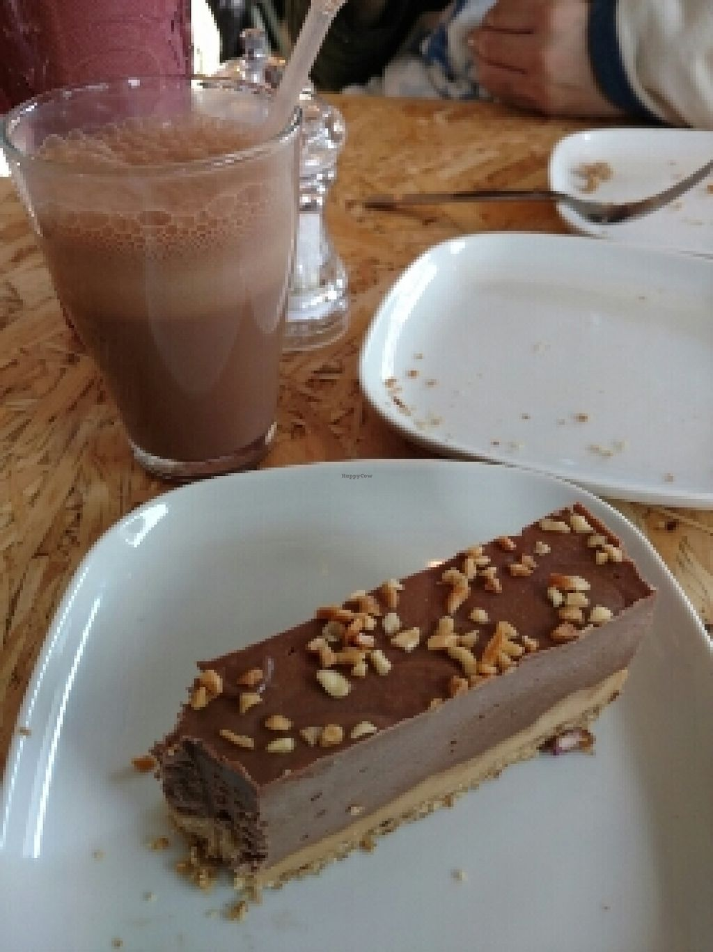 """Photo of CLOSED: Urban Zen  by <a href=""""/members/profile/msangeliic"""">msangeliic</a> <br/>yummy cake <br/> March 16, 2016  - <a href='/contact/abuse/image/65198/140141'>Report</a>"""