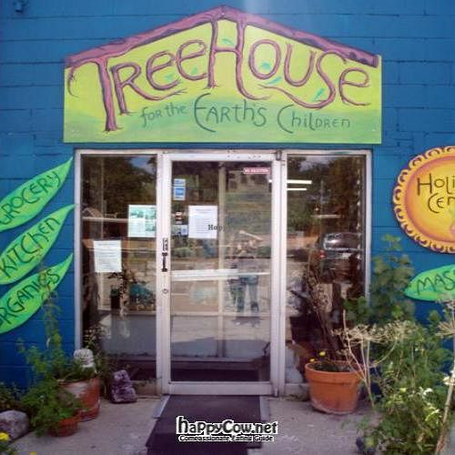 """Photo of The Treehouse For Earth's Children & Deli  by <a href=""""/members/profile/quarrygirl"""">quarrygirl</a> <br/>The Tree House by VeganHeartDoc <br/> December 25, 2011  - <a href='/contact/abuse/image/6520/14680'>Report</a>"""