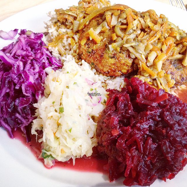 "Photo of CLOSED: Vege Bar  by <a href=""/members/profile/gotashima"">gotashima</a> <br/>millet cutlet and lots of cabbage! <br/> October 17, 2016  - <a href='/contact/abuse/image/65314/182718'>Report</a>"