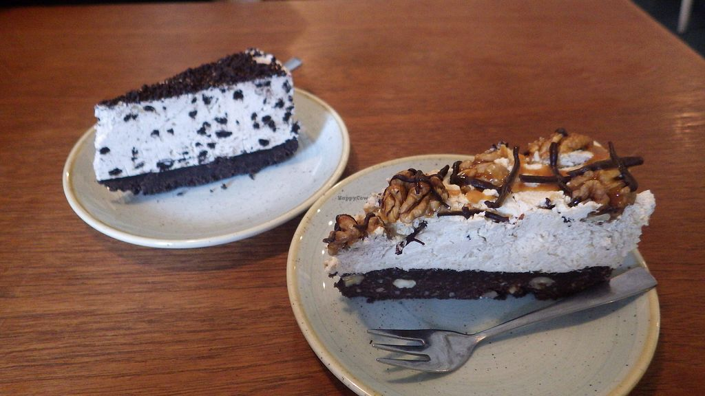 "Photo of Kaf  by <a href=""/members/profile/deadpledge"">deadpledge</a> <br/>Oreo and salted caramel cheesecake <br/> September 16, 2017  - <a href='/contact/abuse/image/65320/304963'>Report</a>"