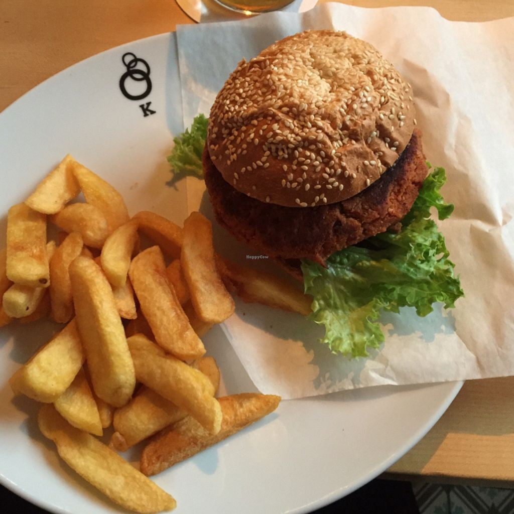 """Photo of Schlosskeller  by <a href=""""/members/profile/Santelie"""">Santelie</a> <br/>vegan burger <br/> July 28, 2016  - <a href='/contact/abuse/image/65332/162954'>Report</a>"""