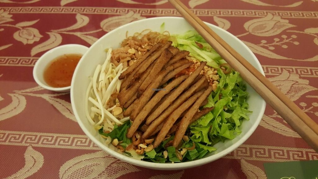 """Photo of CLOSED: Pho Nam Chay  by <a href=""""/members/profile/Refinnej"""">Refinnej</a> <br/>Bun Suon Bi - Vermicelli topped with chopped lettuce, herbs, veggies and grilled 'pork' <br/> November 4, 2015  - <a href='/contact/abuse/image/65378/123924'>Report</a>"""