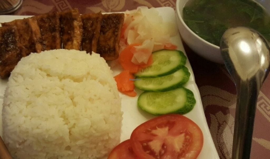 """Photo of CLOSED: Pho Nam Chay  by <a href=""""/members/profile/Refinnej"""">Refinnej</a> <br/>Com Dau Hu Sa Ot - Tofu grilled in chilli served with rice and soup <br/> November 4, 2015  - <a href='/contact/abuse/image/65378/123929'>Report</a>"""