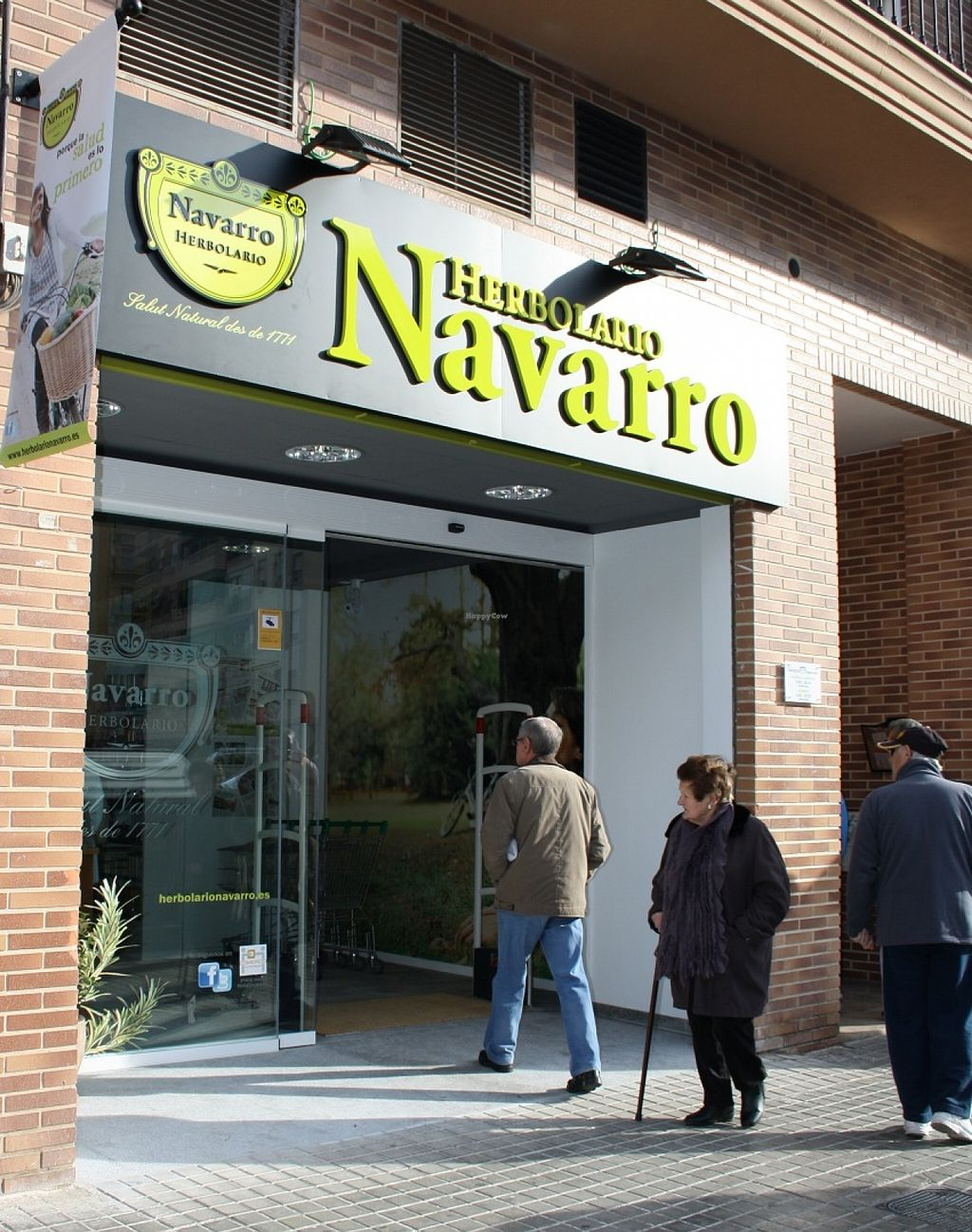 "Photo of Herbolario Navarro  by <a href=""/members/profile/HerbolarioNavarro"">HerbolarioNavarro</a> <br/>Fachada Herbolario Navarro Mislata <br/> November 9, 2015  - <a href='/contact/abuse/image/65441/124409'>Report</a>"