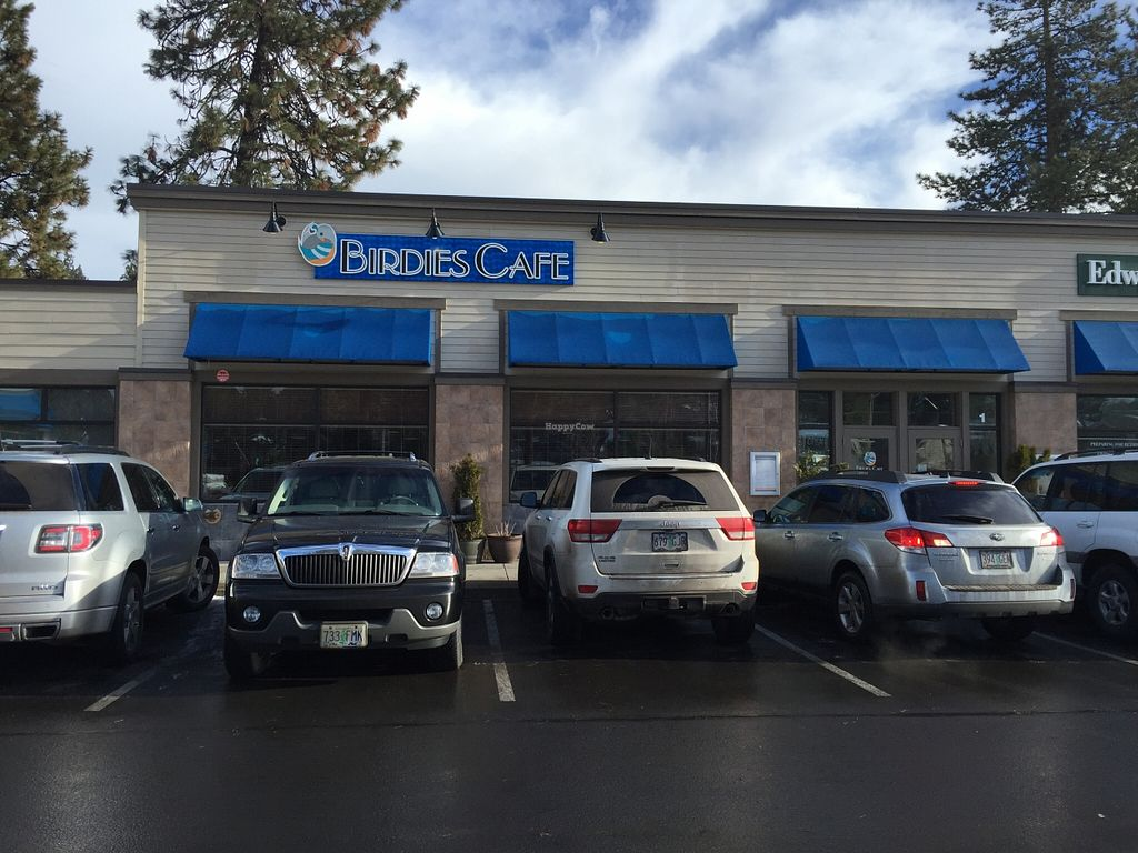 "Photo of Birdies Cafe  by <a href=""/members/profile/notameat"">notameat</a> <br/>Picture of the front of Birdies Cafe in Bend Oregon <br/> January 6, 2016  - <a href='/contact/abuse/image/65462/131327'>Report</a>"