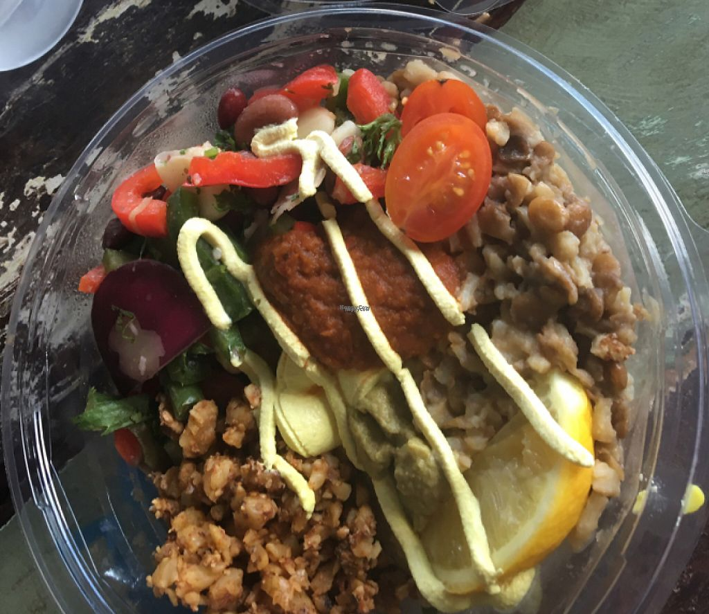 "Photo of Charlie's Raw Squeeze  by <a href=""/members/profile/BeeLogea"">BeeLogea</a> <br/>Taco bowl <br/> October 30, 2016  - <a href='/contact/abuse/image/65485/252338'>Report</a>"