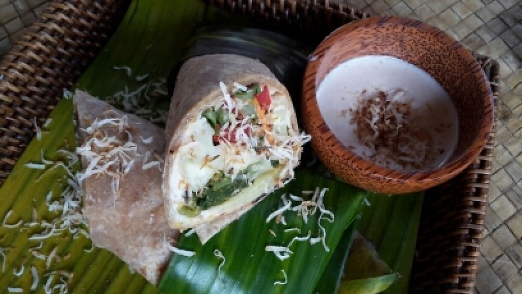 """Photo of Pituq Cafe  by <a href=""""/members/profile/Goni"""">Goni</a> <br/>whitebean hummus wrap <br/> December 14, 2015  - <a href='/contact/abuse/image/65540/128497'>Report</a>"""