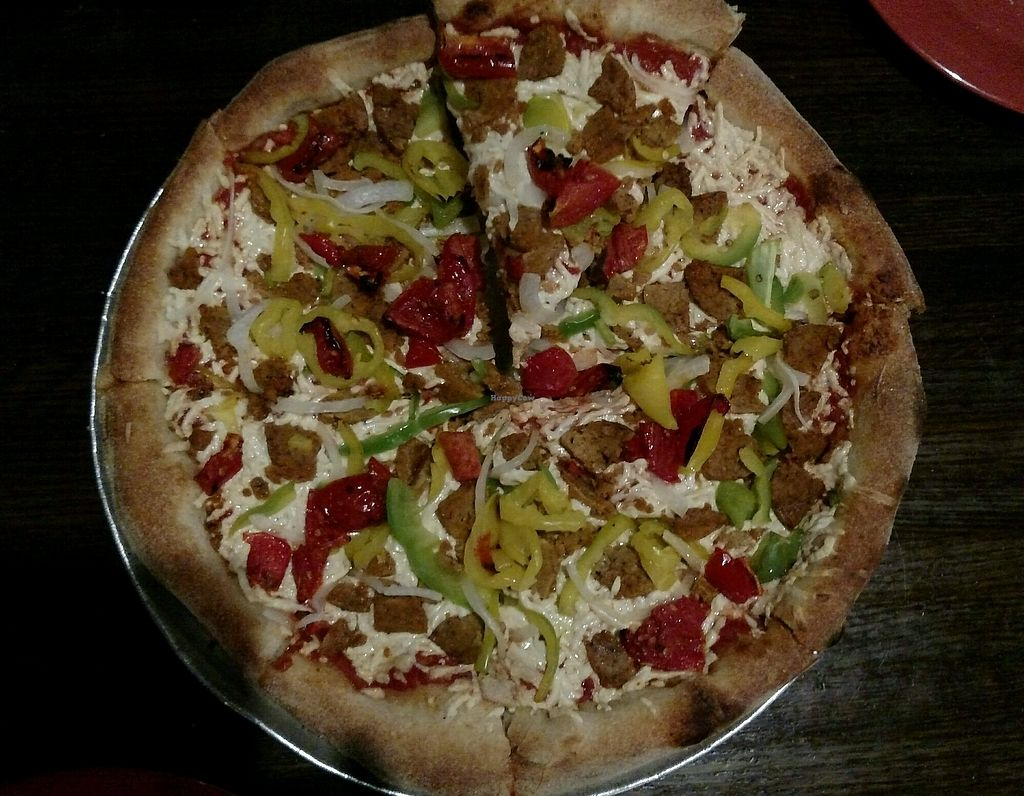 """Photo of Tomato Bar Pizza Bakery  by <a href=""""/members/profile/RosieTheVegan"""">RosieTheVegan</a> <br/>Vegan pizza (the Tallahassee) <br/> December 5, 2017  - <a href='/contact/abuse/image/65691/332543'>Report</a>"""