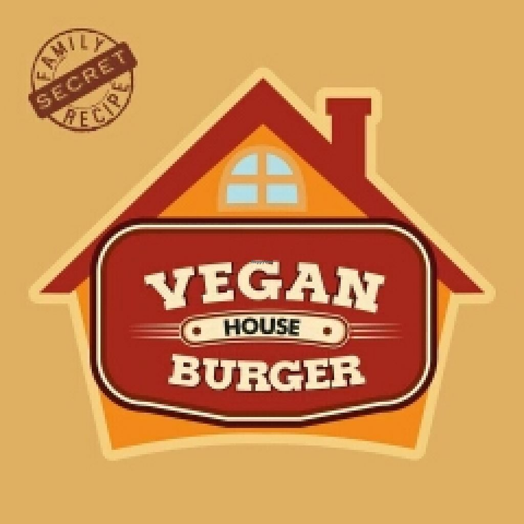 """Photo of Vegan House  by <a href=""""/members/profile/HectorHernandez"""">HectorHernandez</a> <br/>100% cruelty free :) <br/> November 20, 2015  - <a href='/contact/abuse/image/65692/125636'>Report</a>"""