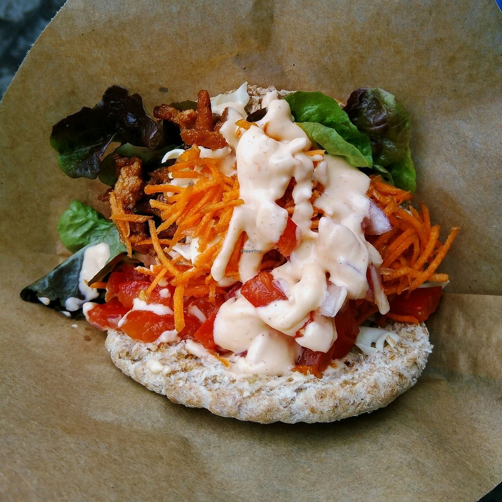 """Photo of Loving Hut Express - Food Truck  by <a href=""""/members/profile/Zjef"""">Zjef</a> <br/>Pita gyros (€5,50) <br/> December 27, 2017  - <a href='/contact/abuse/image/65702/339613'>Report</a>"""