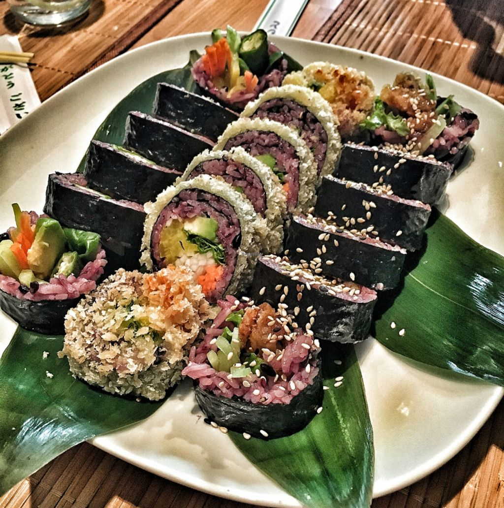"""Photo of Edamame Vegan Sushi  by <a href=""""/members/profile/Synneve"""">Synneve</a> <br/>Maki mix <br/> April 2, 2016  - <a href='/contact/abuse/image/65741/142368'>Report</a>"""