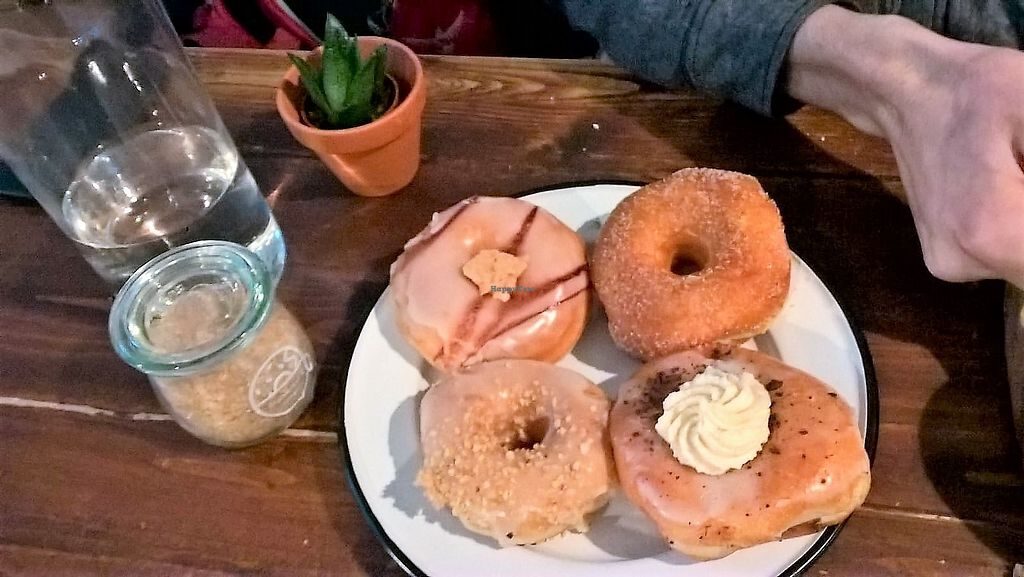 """Photo of Brammibal's Donuts - Maybachufer  by <a href=""""/members/profile/Ofez"""">Ofez</a> <br/>Sélection de donuts <br/> February 25, 2018  - <a href='/contact/abuse/image/65783/363554'>Report</a>"""