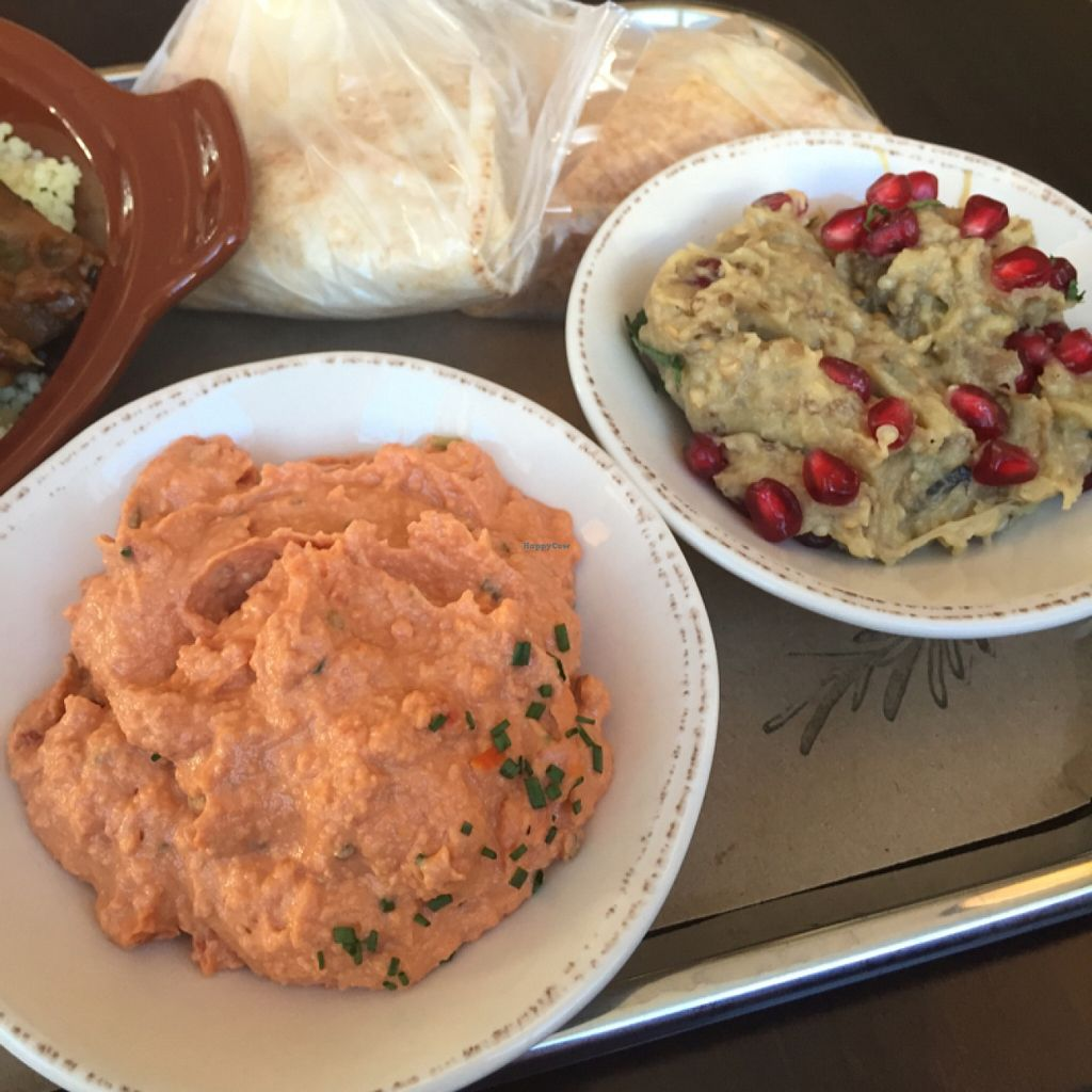 "Photo of Rosemary and Vine  by <a href=""/members/profile/BriggitteJ"">BriggitteJ</a> <br/>Sundried Tomato Hummus and Babaganoush <br/> December 5, 2015  - <a href='/contact/abuse/image/65830/127308'>Report</a>"
