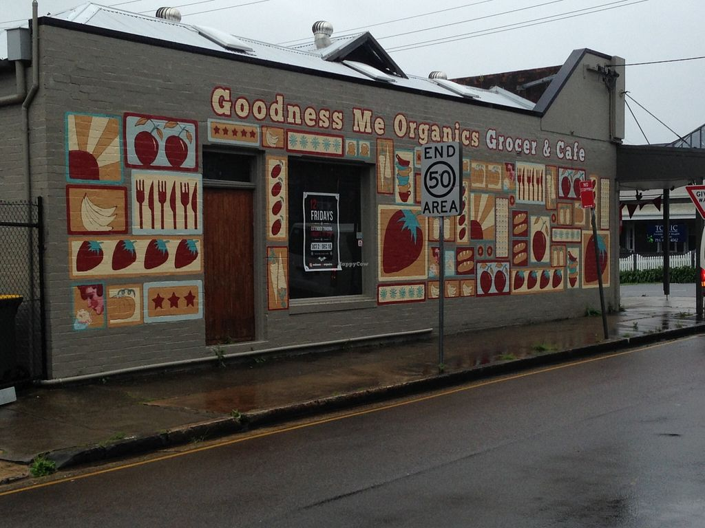 "Photo of Goodness Me Organics  by <a href=""/members/profile/Clare"">Clare</a> <br/>Store front <br/> November 15, 2015  - <a href='/contact/abuse/image/65877/125122'>Report</a>"