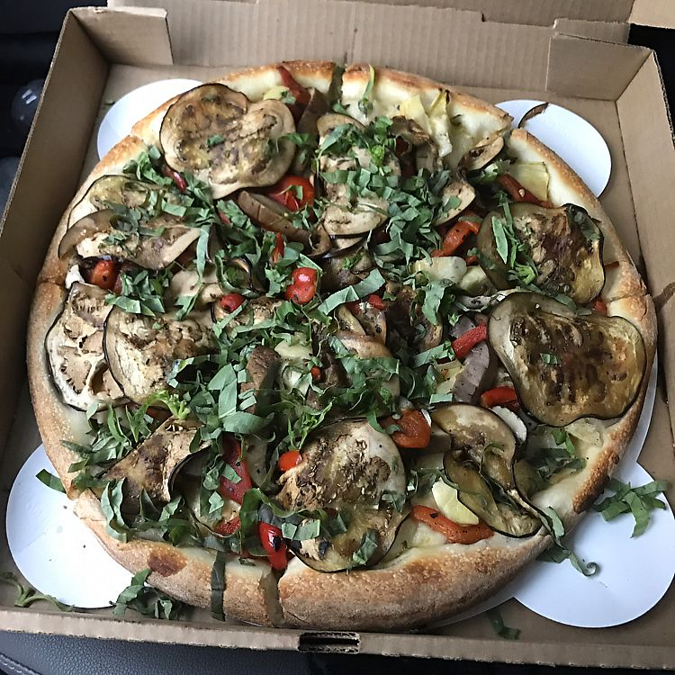 """Photo of Andolini's Pizzeria  by <a href=""""/members/profile/SabrinaNicholeEllis"""">SabrinaNicholeEllis</a> <br/>vegan pizza <br/> July 4, 2017  - <a href='/contact/abuse/image/65961/276650'>Report</a>"""