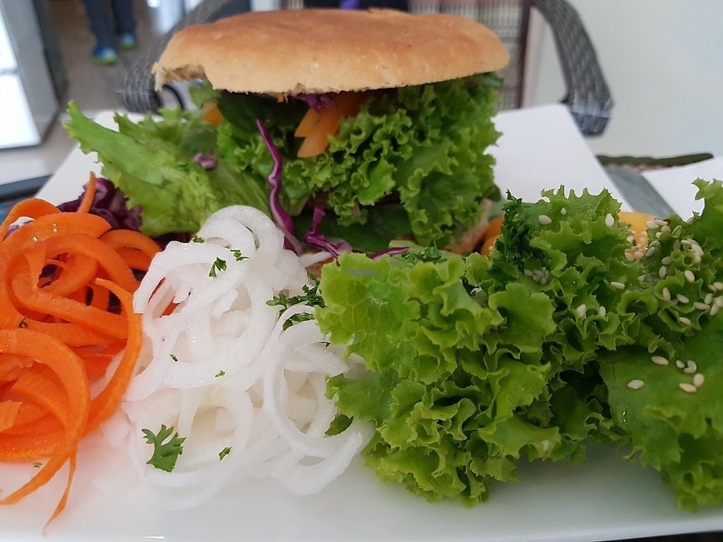 "Photo of Phuket Vegan Naiharn Beach  by <a href=""/members/profile/Rosa%20veg"">Rosa veg</a> <br/>Burger <br/> April 11, 2017  - <a href='/contact/abuse/image/65995/246901'>Report</a>"