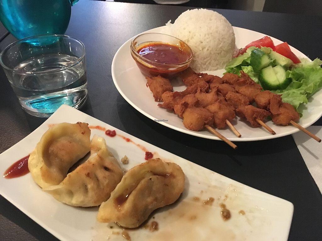 "Photo of Tien Hiang - rue Bichat  by <a href=""/members/profile/EliseBoccanfuso"">EliseBoccanfuso</a> <br/>Steamed dumplings and vegan satay chicken ?? <br/> September 13, 2017  - <a href='/contact/abuse/image/6609/304061'>Report</a>"