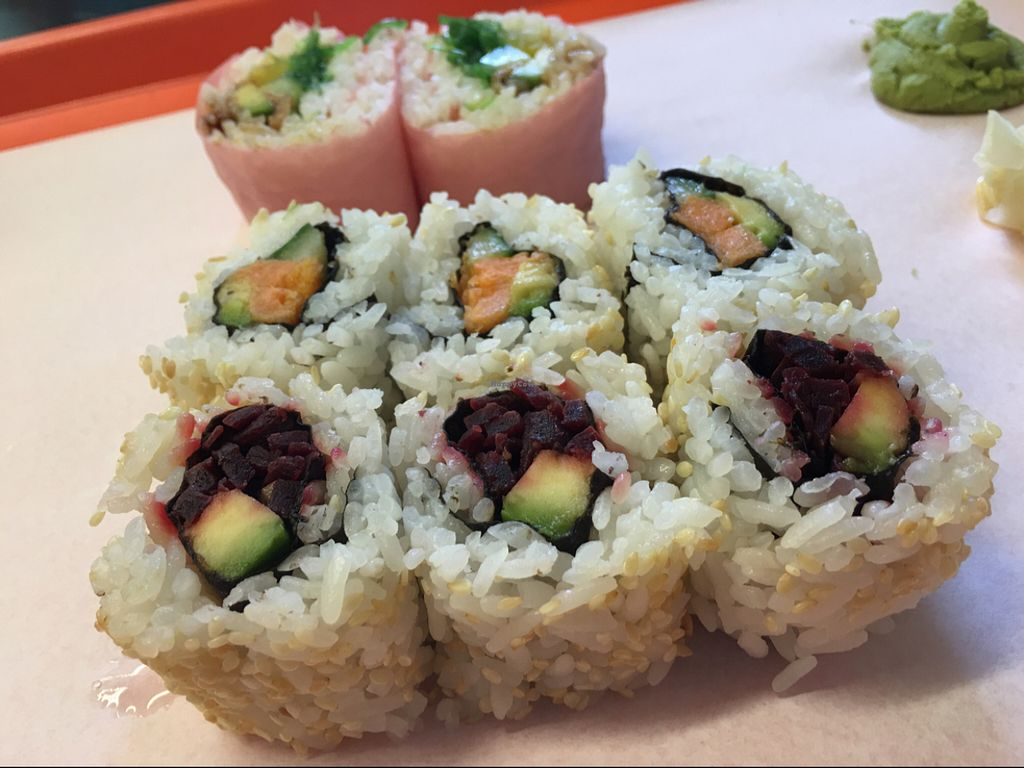 """Photo of CLOSED: MakiMaki Sushi Green  by <a href=""""/members/profile/marky_mark"""">marky_mark</a> <br/>mnjam 1 <br/> June 8, 2016  - <a href='/contact/abuse/image/66112/152934'>Report</a>"""