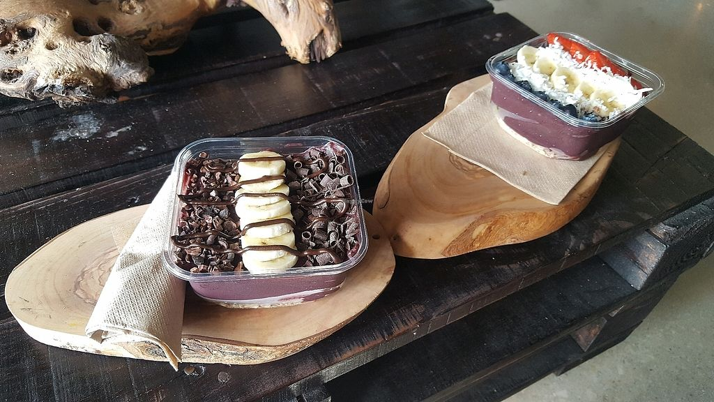 """Photo of Utopia Juice Bar  by <a href=""""/members/profile/Nataxiah"""">Nataxiah</a> <br/>Cacao and Traditional Acai Bowls <br/> January 13, 2018  - <a href='/contact/abuse/image/66119/346222'>Report</a>"""