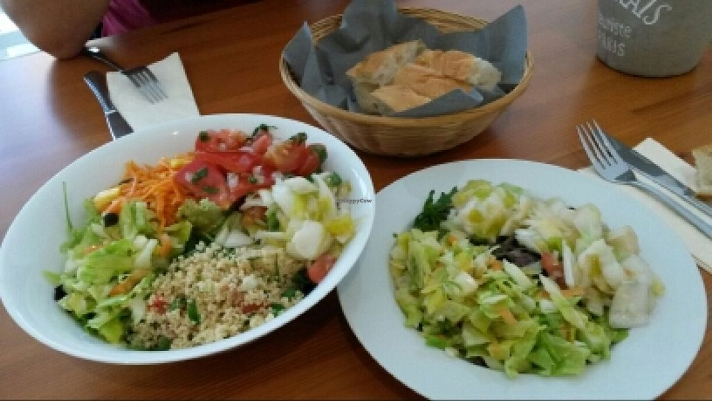"""Photo of Kochsyndikat Cuisine  by <a href=""""/members/profile/mtravel"""">mtravel</a> <br/>grosser & kleiner  Salat <br/> November 28, 2015  - <a href='/contact/abuse/image/66282/126358'>Report</a>"""