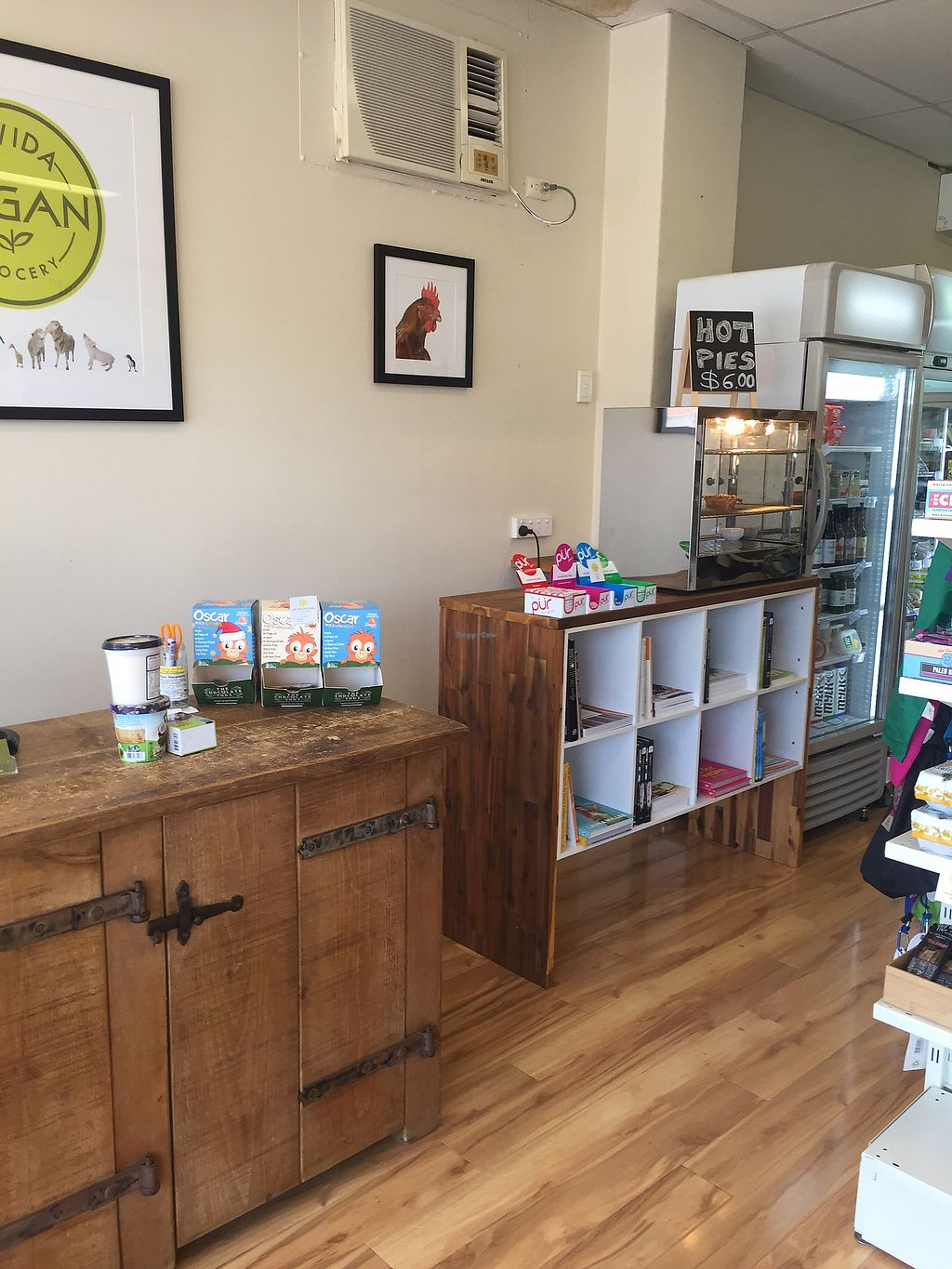 """Photo of La Vida Vegan Grocery  by <a href=""""/members/profile/ExpatAnnie"""">ExpatAnnie</a> <br/>Now has hot pies! <br/> February 1, 2018  - <a href='/contact/abuse/image/66342/353424'>Report</a>"""