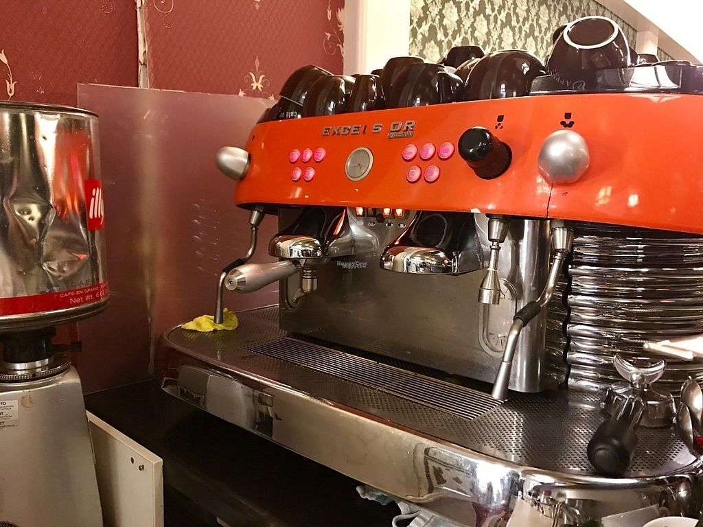 """Photo of Space Burger  by <a href=""""/members/profile/marky_mark"""">marky_mark</a> <br/>space coffee machine i guess <br/> February 11, 2017  - <a href='/contact/abuse/image/66401/225215'>Report</a>"""