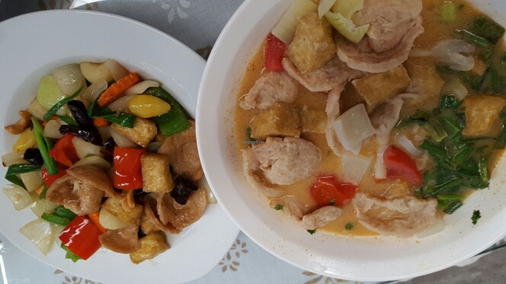 """Photo of CLOSED: Spices and Herbs  by <a href=""""/members/profile/k.wag"""">k.wag</a> <br/>Vegan stir fried cashew nuts (left) and tom yum (right) <br/> December 4, 2015  - <a href='/contact/abuse/image/66491/127211'>Report</a>"""