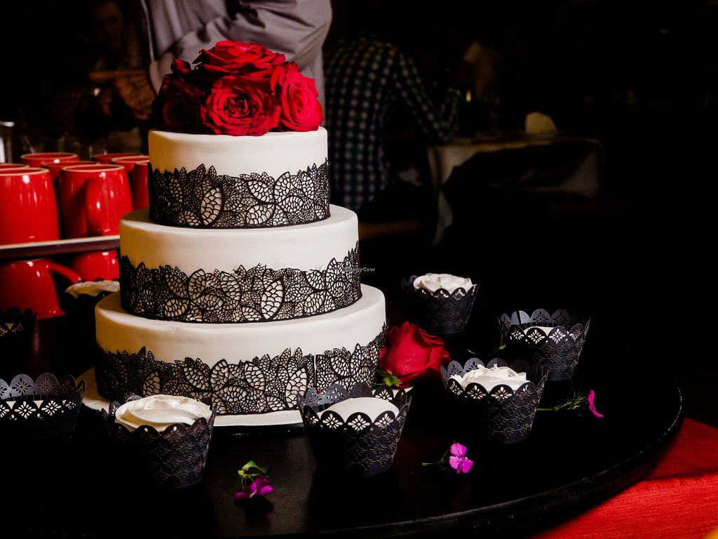 "Photo of Vegan Cakes By Monika  by <a href=""/members/profile/Josette"">Josette</a> <br/>Wedding cake by Vegan Cakes by Monika <br/> December 19, 2015  - <a href='/contact/abuse/image/66533/129118'>Report</a>"